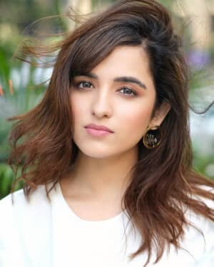 Shirley Setia Latest Photos   Picture 1746377