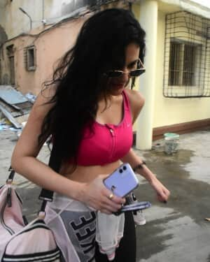 Amyra Dastur - Photos: Celebs Spotted At Bandra | Picture 1755858