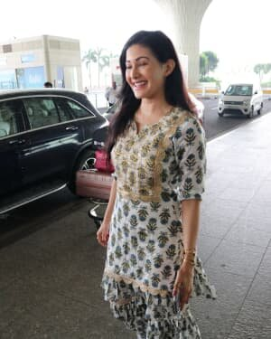 Amyra Dastur - Photos: Celebs Spotted At Airport | Picture 1756107