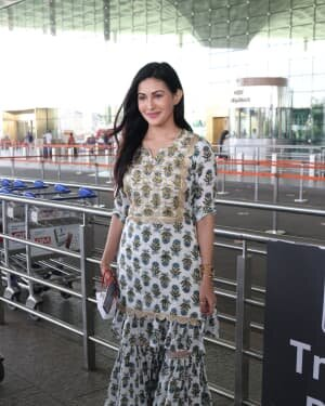 Amyra Dastur - Photos: Celebs Spotted At Airport | Picture 1756108