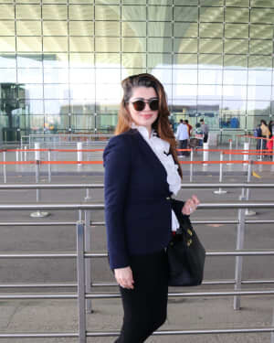 Kainaat Arora - Photos: Celebs Spotted At Airport | Picture 1756099