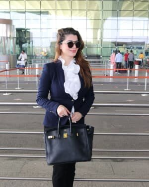Kainaat Arora - Photos: Celebs Spotted At Airport | Picture 1756097