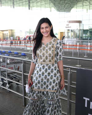 Amyra Dastur - Photos: Celebs Spotted At Airport | Picture 1756104