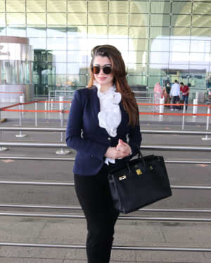 Kainaat Arora - Photos: Celebs Spotted At Airport | Picture 1756098