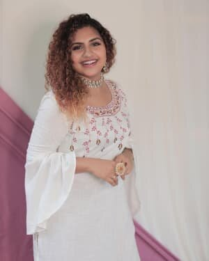 Noorin Shereef Latest Photos | Picture 1756652