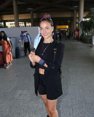 Elli Avram - Photos: Celebs Spotted At Airport | Picture 1756442