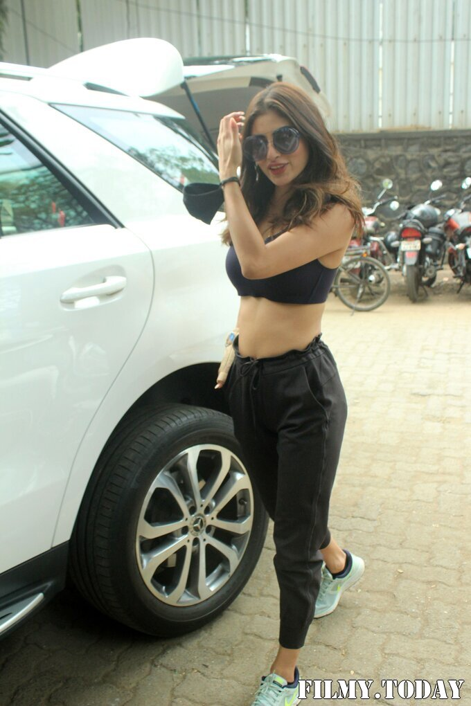 Photos: Mouni Roy Spotted At PS Dance Studio Andheri   Picture 1756792
