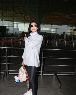 Sonal Chauhan - Photos: Celebs Spotted At Airport | Picture 1758068
