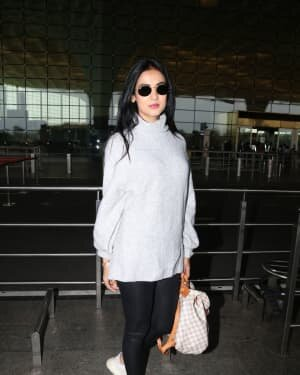 Sonal Chauhan - Photos: Celebs Spotted At Airport | Picture 1758077