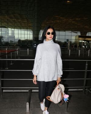 Sonal Chauhan - Photos: Celebs Spotted At Airport | Picture 1758072