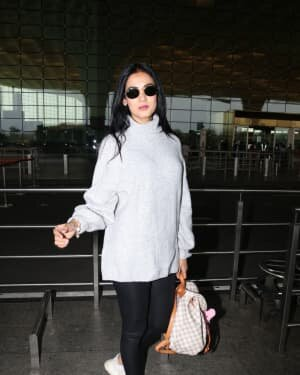 Sonal Chauhan - Photos: Celebs Spotted At Airport | Picture 1758074