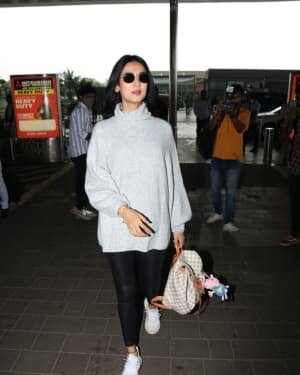 Sonal Chauhan - Photos: Celebs Spotted At Airport | Picture 1758076