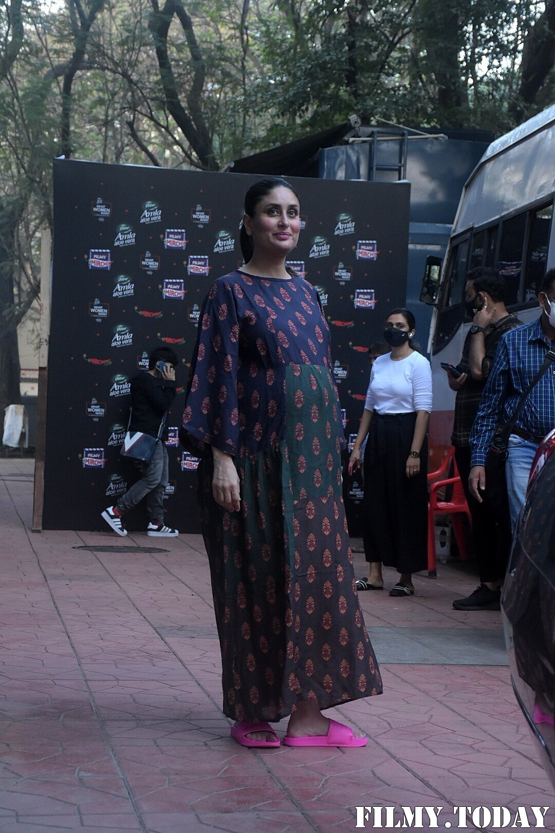 Kareena Kapoor - Photos: Celebs At The Event Of What Women Want | Picture 1758497