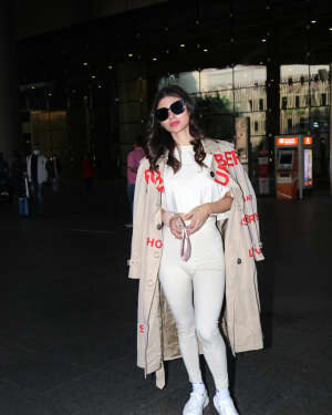 Mouni Roy - Photos: Celebs Spotted At Airport | Picture 1758454