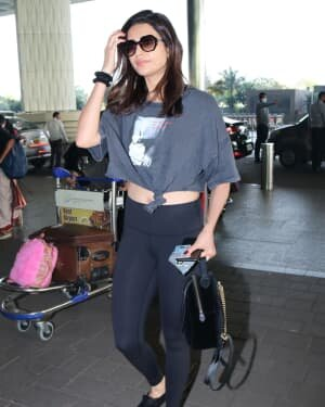 Karishma Tanna - Photos: Celebs Spotted At Airport | Picture 1758607