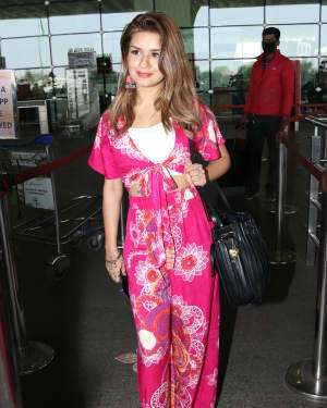 Avneet Kaur - Photos: Celebs Spotted At Airport | Picture 1759471