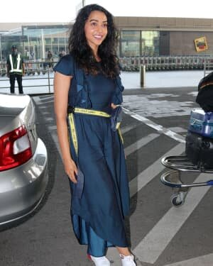Anupriya Goenka - Photos: Celebs Spotted At Airport   Picture 1759469