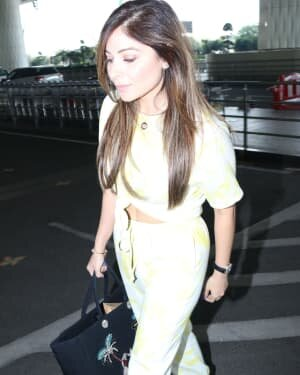 Kanika Kapoor - Photos: Celebs Spotted At Airport | Picture 1759674