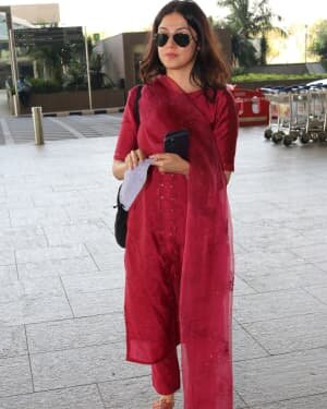 Divya Khosla - Photos: Celebs Spotted At Airport | Picture 1760748