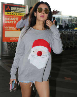 Sonal Chauhan - Photos: Celebs Spotted At Airport