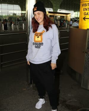 Elli Avram - Photos: Celebs Spotted At Airport | Picture 1760721