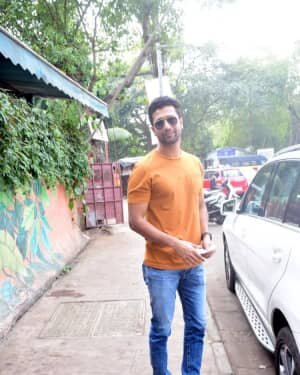 Vicky Kaushal - Photos: Celebs Spotted At Andheri | Picture 1760715