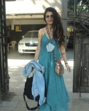 Fatima Sana Shaikh - Photos: Celebs Spotted At Juhu | Picture 1760681