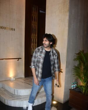 Kartik Aaryan - Photos: Celebs At Manish Malhotra House Party | Picture 1761825