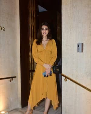 Kriti Sanon - Photos: Celebs At Manish Malhotra House Party | Picture 1761815