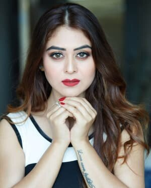 Falaq Naaz Latest Photos | Picture 1739696