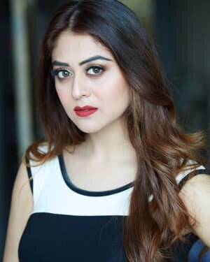 Falaq Naaz Latest Photos | Picture 1739697