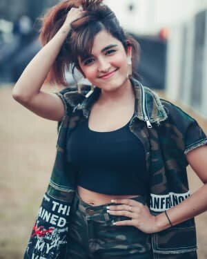 Shirley Setia Latest Photos   Picture 1743687