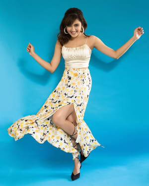 Shirley Setia Latest Photos   Picture 1743688
