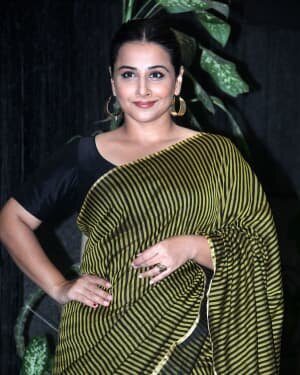 Photos: Vidya Balan Spotted At Siddharth Roy Kapoor's Office | Picture 1745398