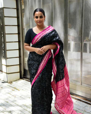 Photos: Vidya Balan Spotted At Siddharth Roy Kapoor's Office | Picture 1745920
