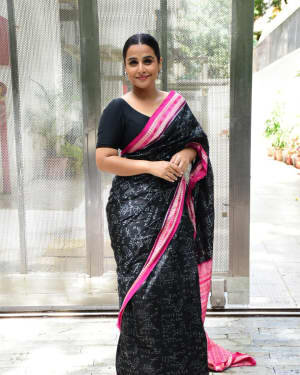 Photos: Vidya Balan Spotted At Siddharth Roy Kapoor's Office | Picture 1745922