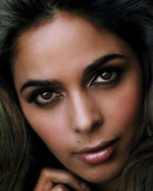 Mallika Sherawat Latest Photos | Picture 1737985
