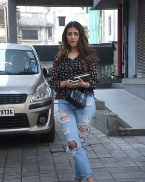 Nupur Sanon - Photos: Celebs Spotted At Bandra | Picture 1750951
