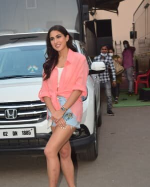 Sara Ali Khan - Photos: Celebs Spotted At Mehboob Studio | Picture 1751098