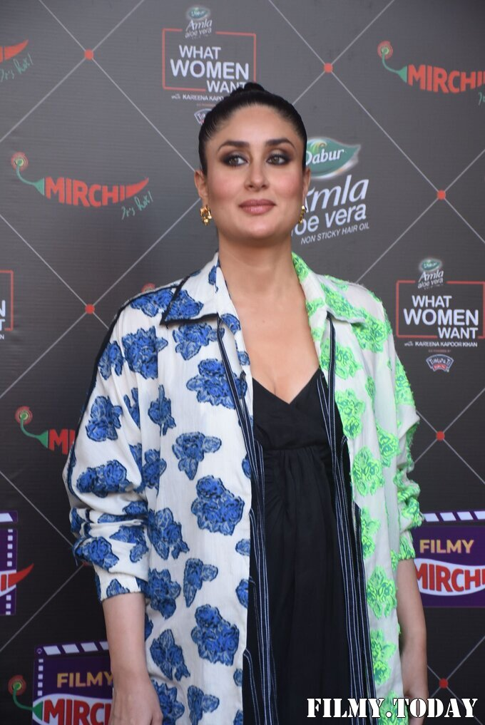 Kareena Kapoor - Photos: Promotion Of Film Coolie No 1 At Mehboob Studio | Picture 1751077