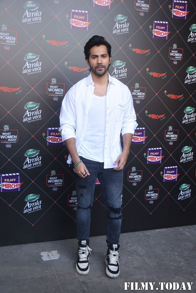 Varun Dhawan - Photos: Promotion Of Film Coolie No 1 At Mehboob Studio | Picture 1751084