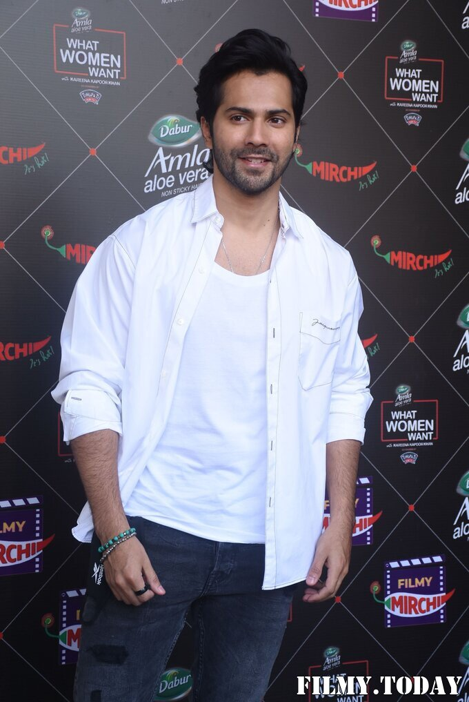 Varun Dhawan - Photos: Promotion Of Film Coolie No 1 At Mehboob Studio   Picture 1751083