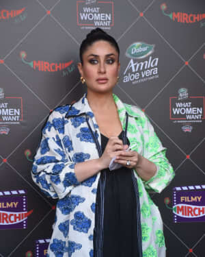 Kareena Kapoor - Photos: Promotion Of Film Coolie No 1 At Mehboob Studio | Picture 1751072