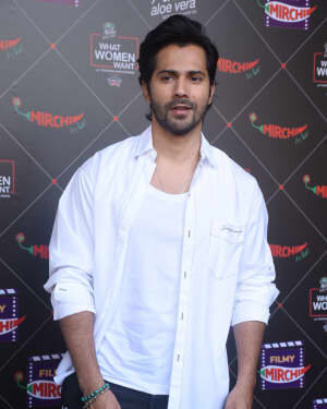Varun Dhawan - Photos: Promotion Of Film Coolie No 1 At Mehboob Studio | Picture 1751085