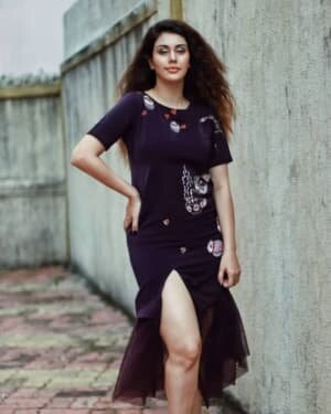 Warina Hussain Latest Photos | Picture 1751809