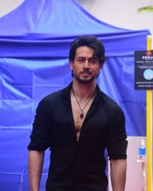 Photos: Tiger Shroff On Location Shoot At Mehboob Studio In Bandra | Picture 1750572