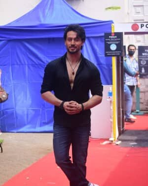Photos: Tiger Shroff On Location Shoot At Mehboob Studio In Bandra | Picture 1750570