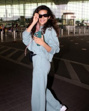 Mithila Palkar - Photos: Celebs Spotted At Airport | Picture 1782878