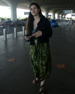 Warina Hussain - Photos: Celebs Spotted At Airport | Picture 1782872