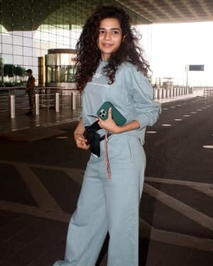 Mithila Palkar - Photos: Celebs Spotted At Airport | Picture 1782881